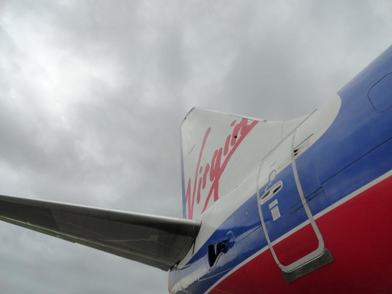 plane-vb-tail-web